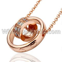 Fashionable Platnium Rose Gold Necklace with Ring Pendant for Versatile Occasions