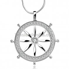 Fashionable Platinum Necklace with Wheel Pendant for Versatile Occasions
