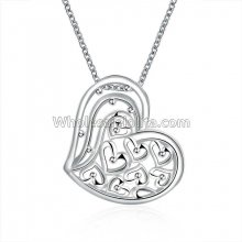 Fashionable Platinum Necklace with Beaded Heart Pendant for Versatile Occasions