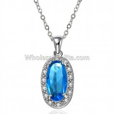 Fashionable Platnium Necklace with Blue Crystal Pendant for Versatile Occasions