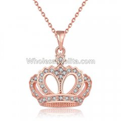 Fashionable Platnium Rose Gold Necklace with Crown Pendant for Versatile Occasions