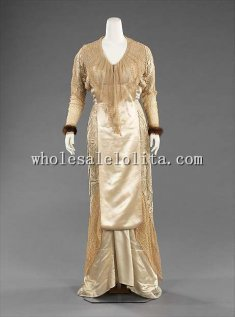 Luxurious Early 1900s French Belle Epoche Evening Dress