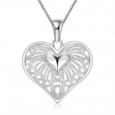 Fashionable Platinum Necklace with Heart Pendant for Versatile Occasions