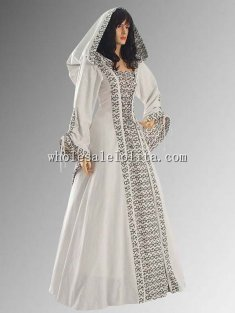 16/17th Century Medieval Renaissance Maiden Dress Gown with Hood