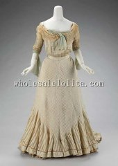 1900s Edwardian Era Gowns French Silk Train Evening Dress