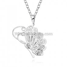 Fashionable Platinum Necklace with Butterfly Pendant for Versatile Occasions
